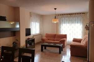 Flat for sale in Nuevo Valdepeñas, Ciudad Real.