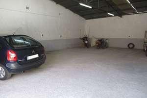 Nave industrial venta en Nucleo Urbano, Valdepeñas, Ciudad Real.