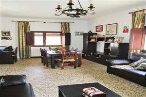 for sale in El Peral, Valdepeñas, Ciudad Real.
