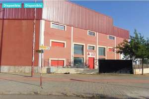 Warehouse for sale in Polígono Entrecaminos, Valdepeñas, Ciudad Real.
