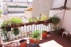 Casa en Avenida 1º de Julio, Valdepeñas, Ciudad Real.