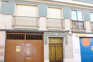 Piso venta en Seis de Junio, Valdepeñas, Ciudad Real.