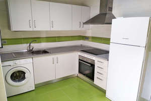 Flat for sale in Torrecillas, Valdepeñas, Ciudad Real.