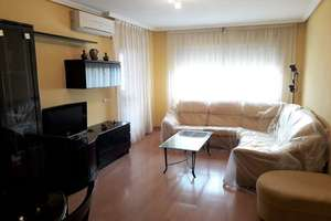 Flat for sale in Calle Real, Valdepeñas, Ciudad Real.
