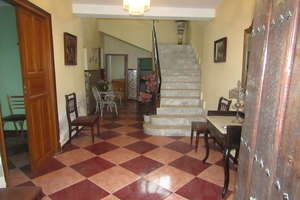 House for sale in Paseo de la Estacion, Valdepeñas, Ciudad Real.