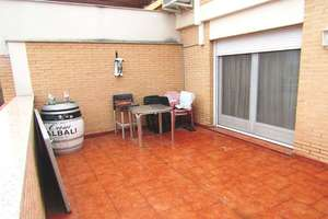 Penthouse Luxury for sale in Avenida 1º de Julio, Valdepeñas, Ciudad Real.