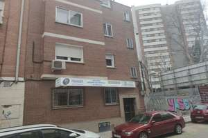Flat for sale in Prosperidad, Madrid.