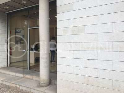 Commercial premise for sale in Centre, Girona.