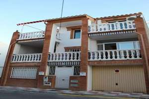 Flat for sale in Churriana de la Vega, Granada.