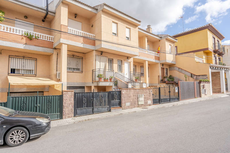 Properties for sale and rental in Granada