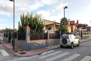 House for sale in Ventorrillo, Cúllar Vega, Granada.