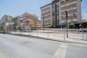 Flat for sale in Zaidín, Granada.