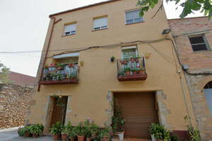 House for sale in Bàscara, Girona.