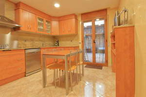 House for sale in Veïnat, Salt, Girona.