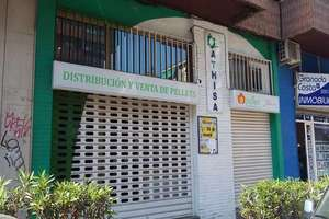 Commercial premise for sale in Cruz Del Sur, Granada.