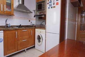 Flat for sale in San Lazaro, Granada.