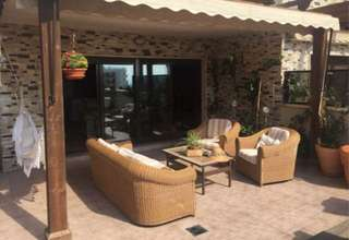 Reihenhaus Luxus zu verkaufen in Arenales del Sol, Los, Alicante.
