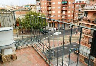 平 出售 进入 Benicalap, Valencia.