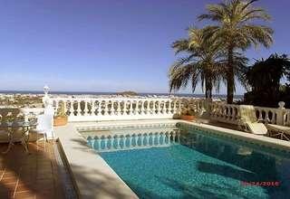Villa for sale in Dénia, Alicante.