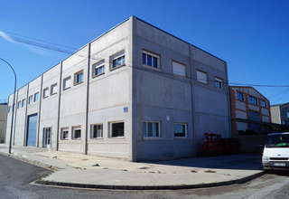 Warehouse for sale in Utiel, Valencia.