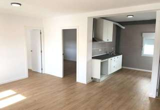 Flat for sale in Manises, Valencia.
