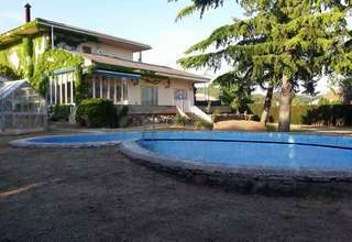 Villa for sale in Siete Aguas, Valencia.