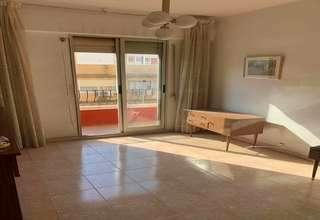 Flat for sale in Montolivet, Valencia.