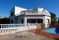 Villa for sale in Playa de Gandia, Valencia.