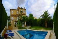Villa for sale in Valencia.