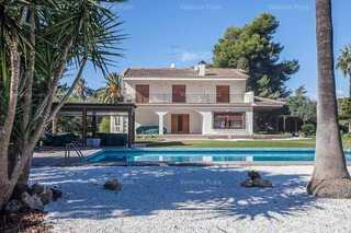 Villa in La Pobla de Vallbona, L´Eliana, Valencia.