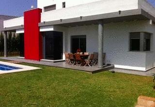 Villa for sale in Oliva, Valencia.