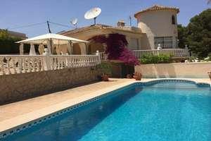 Villa's verkoop in San Rafael, Nucia (la), Alicante.
