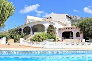 Villa's verkoop in La Galera, Altea, Alicante.