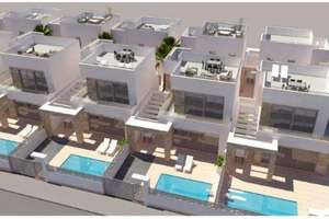 Chalet for sale in San Miguel de Salinas, Alicante.