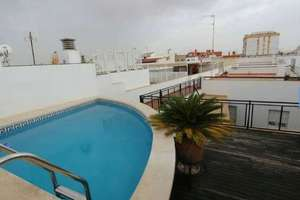 Penthouse for sale in San Vicente, Casco Antiguo, Sevilla.