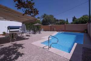Chalet for sale in La Jara, Sanlúcar de Barrameda, Cádiz.