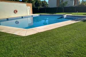 Cluster house for sale in Residencial Sevilla Golf, Alcalá de Guadaira, La Campiña.