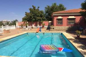 Chalet for sale in El Viso del Alcor, La Campiña, Sevilla.