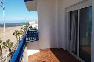 Piso venta en Playa de Regla, Chipiona, Cádiz.
