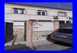 Cluster house for sale in Ajofrín, Toledo.