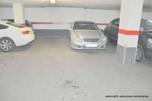 Parking space for sale in Patraix, Valencia.
