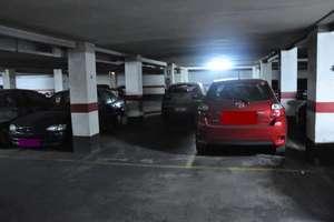 Parking space for sale in El Mercat, Ciutat vella, Valencia.