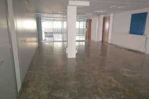 Office in El Pla del Remei, L´Eixample, Valencia.