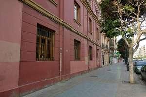 Commercial premise for sale in Camí fondo, Camins al grau, Valencia.