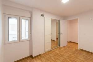 Flat for sale in Arrancapins, Extramurs, Valencia.