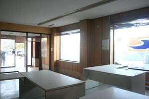 Commercial premise for sale in Patraix, Valencia.