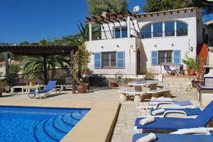 Chalet for sale in Benissa, Alicante.