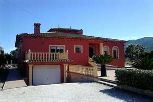 Chalet for sale in Jalón/Xaló, Jalón/Xaló, Alicante.