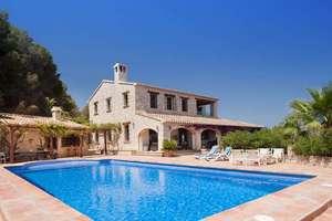乡间别墅 出售 进入 Benissa, Alicante.