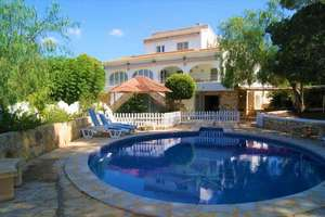Chalet for sale in Moraira, Alicante.